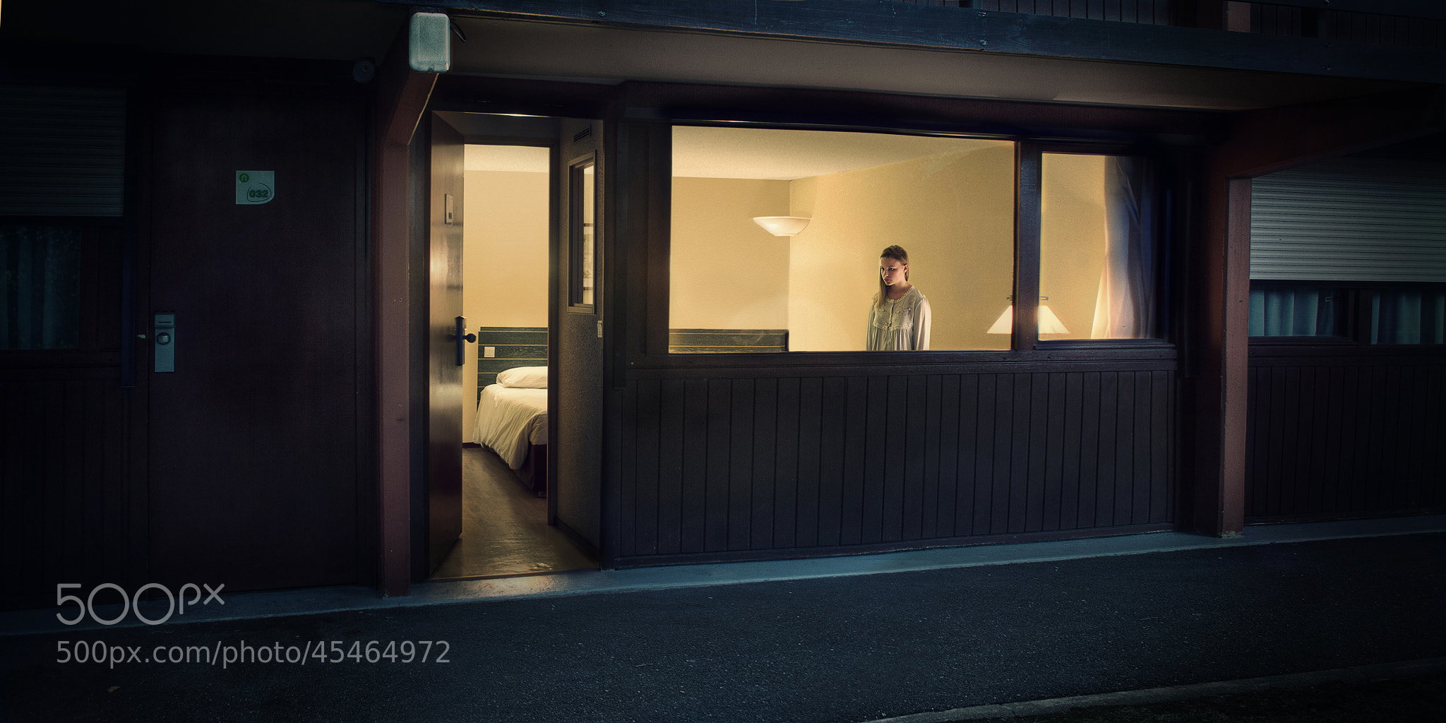 Photograph Lost in Hopper by Julien Dumas on 500px