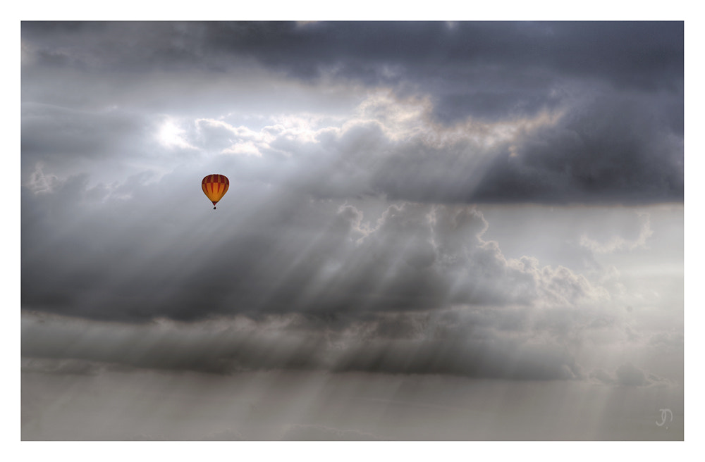 Photograph Flying by Jan Memmel on 500px