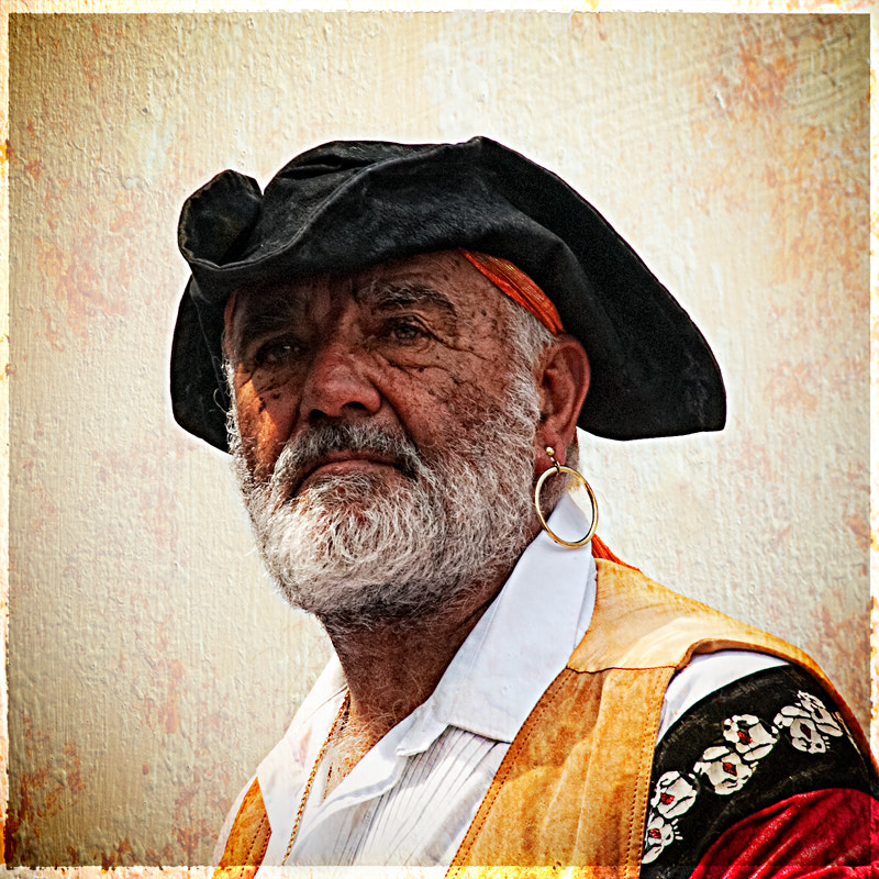Photograph a gentle pirate by David Mar Quinto on 500px
