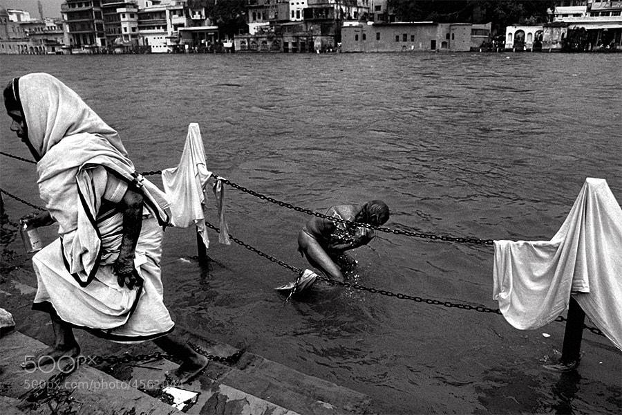Photograph holy water | haridwar by Soumya Bandyopadhyay on 500px