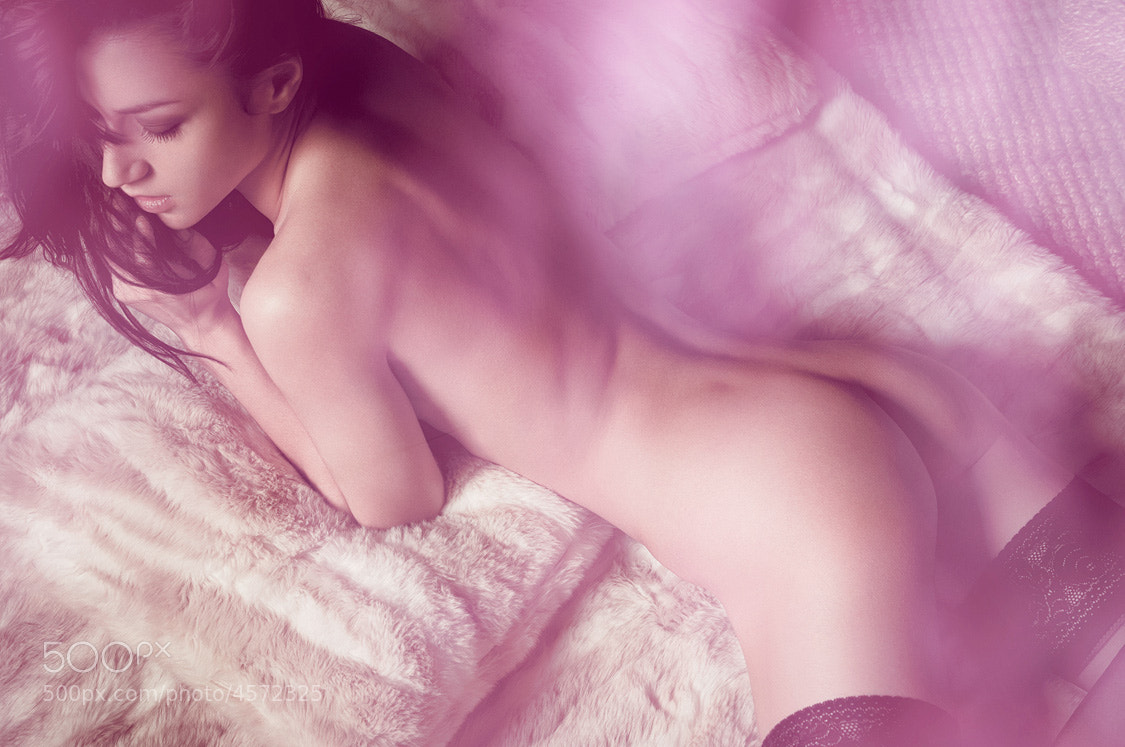 Photograph Pinky nude by Ludovic Taillandier on 500px