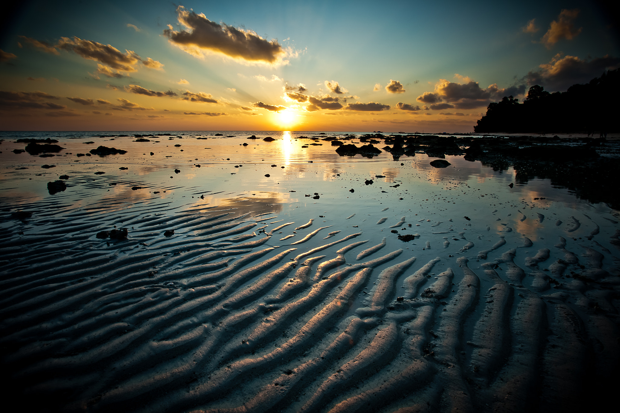 Photograph Sunrise at Beach #5 by Paul Bellinger on 500px