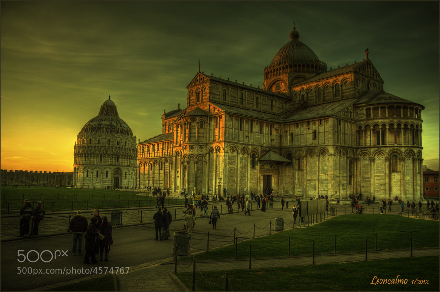 Photograph P/za Miracoli - Duomo e Battistero... by Leoncalmo M on 500px