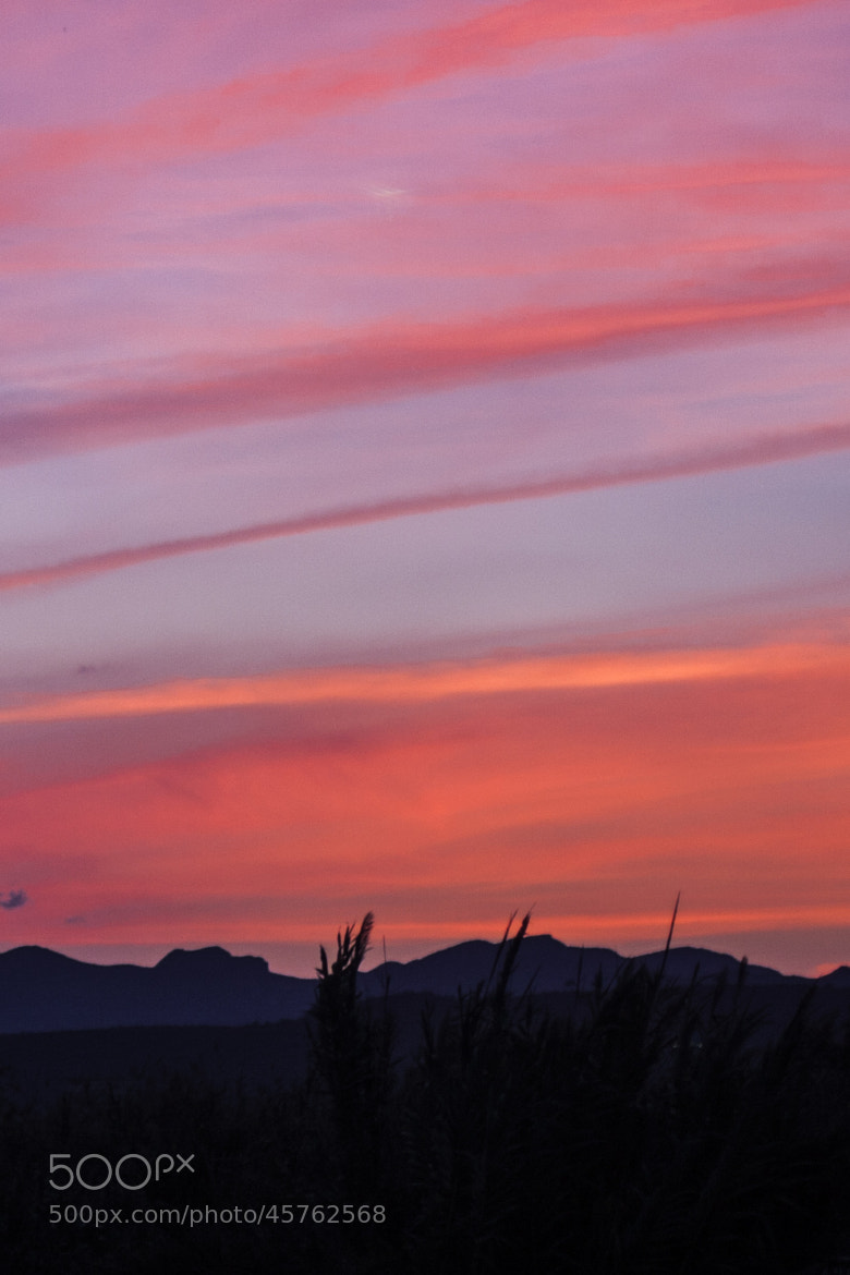 Photograph red dusk by Rebeca Moncho on 500px
