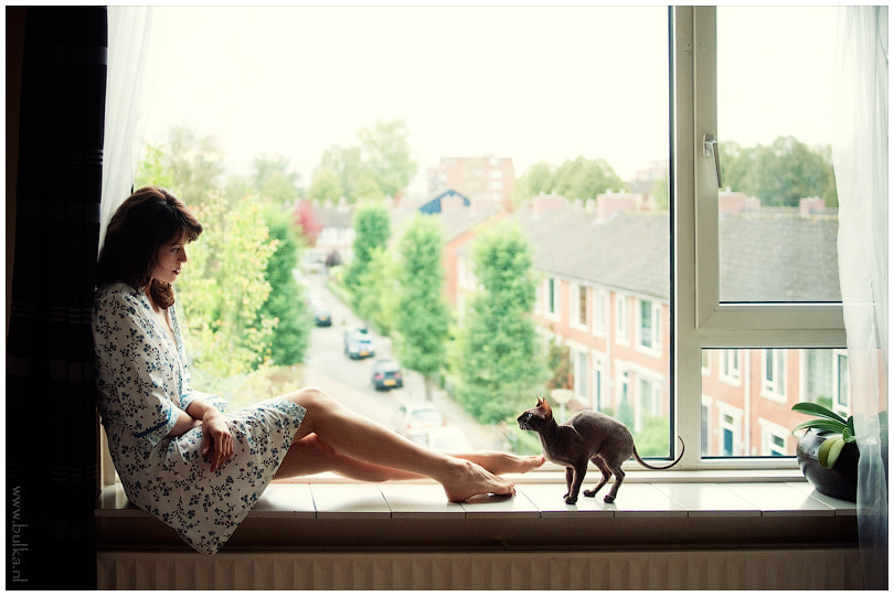 Photograph She and the Cat by Maria Netsounski on 500px