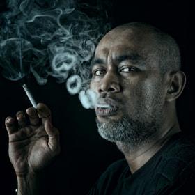 smoker#20 by Yaman Ibrahim (yamanibrahim)) on 500px.com