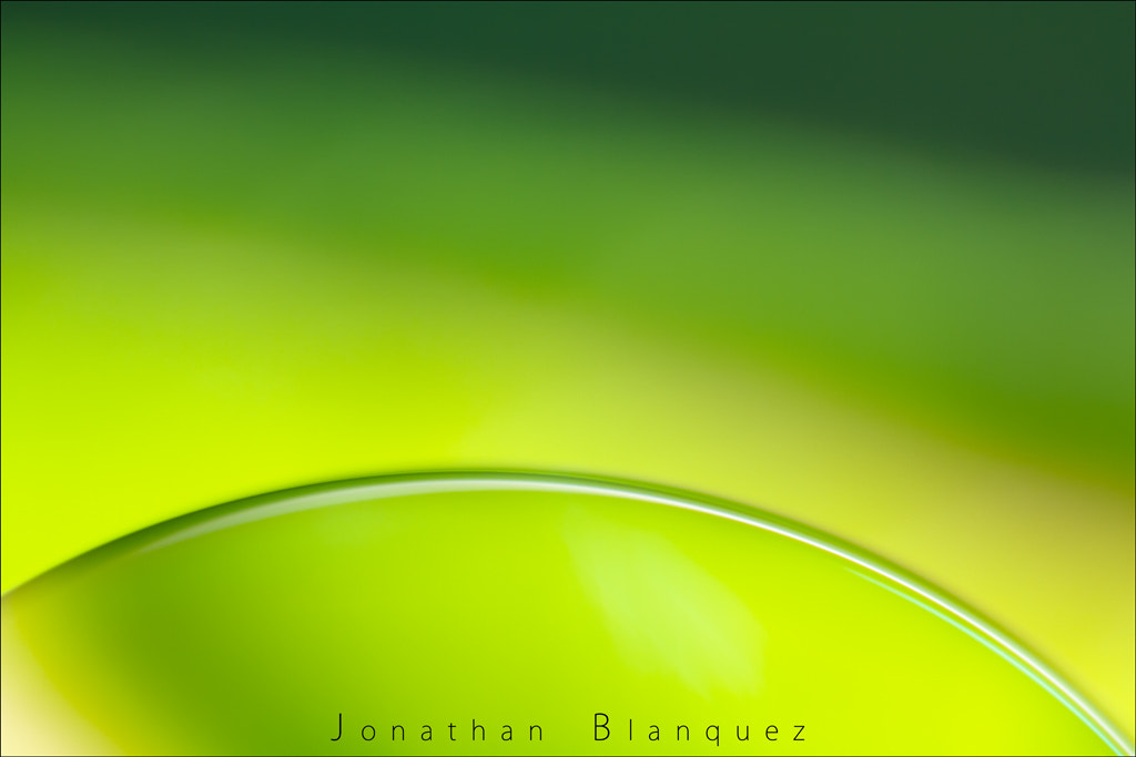 Photograph A Drop by Jonathan Blanquez on 500px