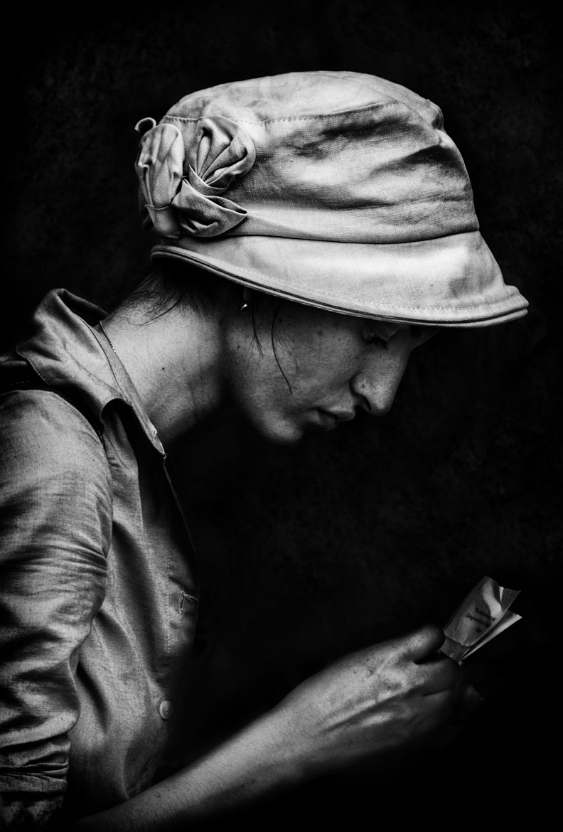 Photograph Woman at Cafe by Betina La Plante on 500px