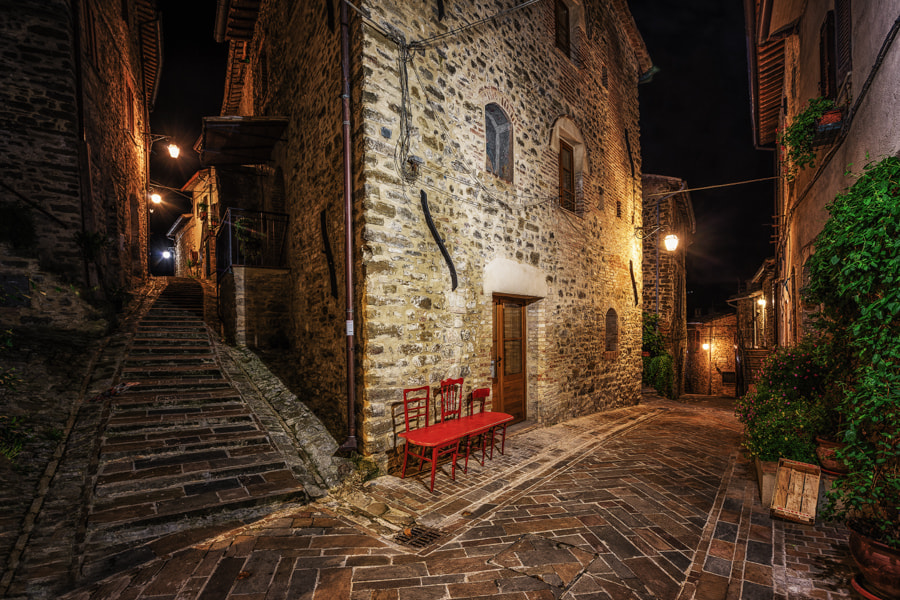 Photograph the red bench by Don Pino on 500px