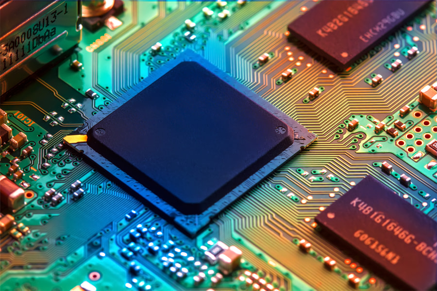 Circuit Board by Raimundas Gvildys on 500px.com