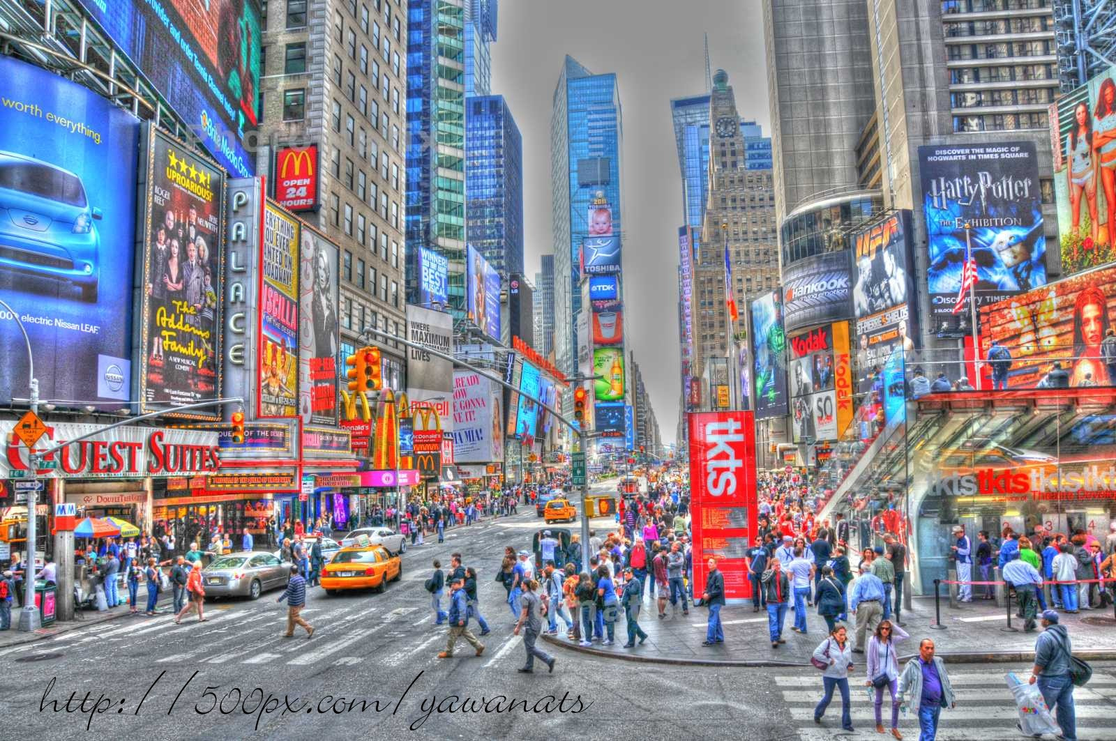 Photograph Times Square by Ian Stanaway on 500px
