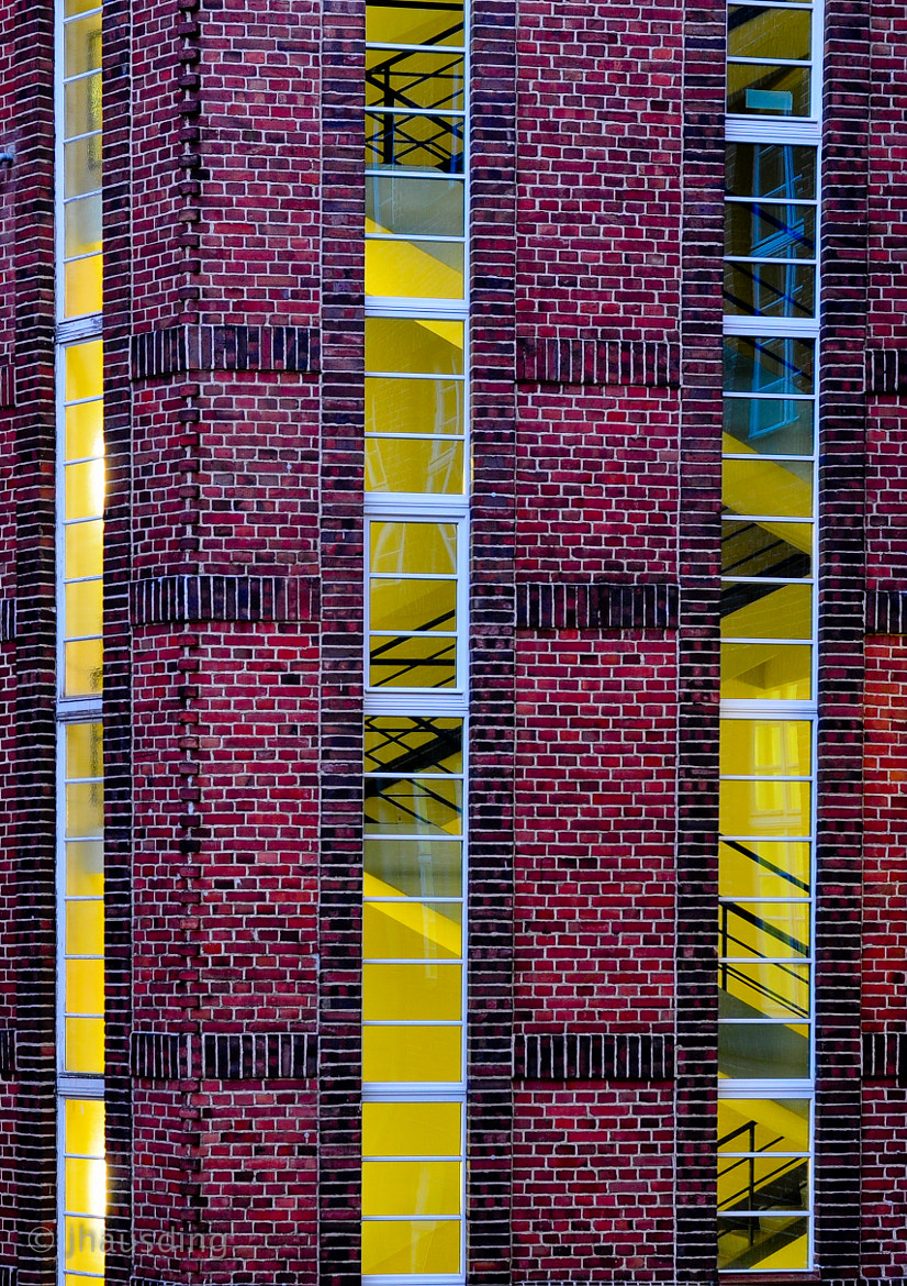 Photograph Red on yellow by Jan Hausding on 500px
