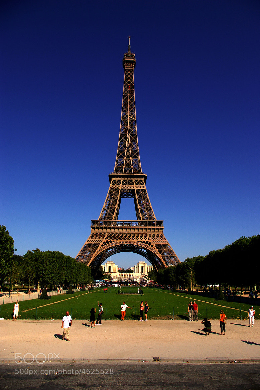 Photograph Eiffel Tower by Valentina Turci on 500px