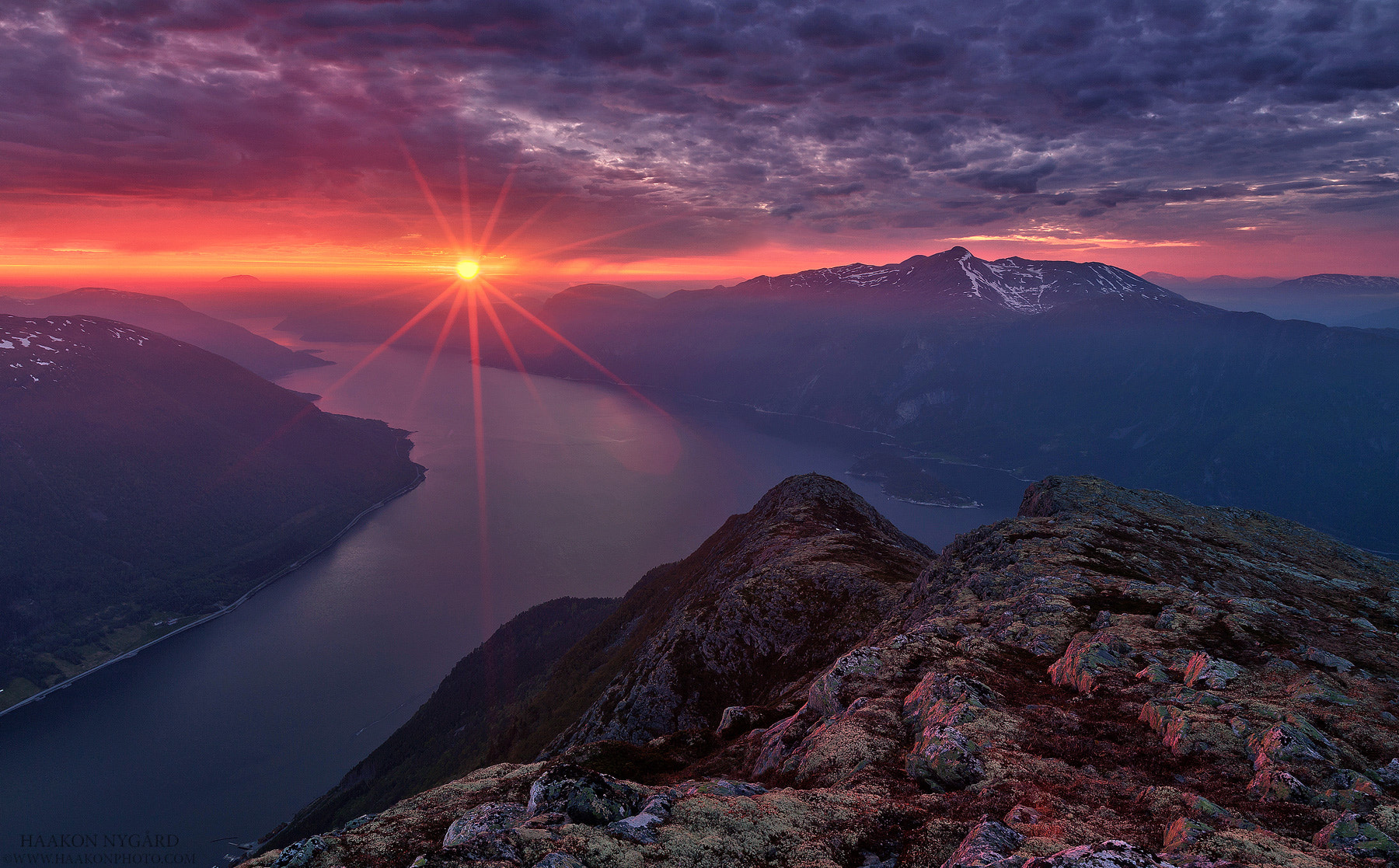 Photograph Red Star by Haakon Nygaard on 500px