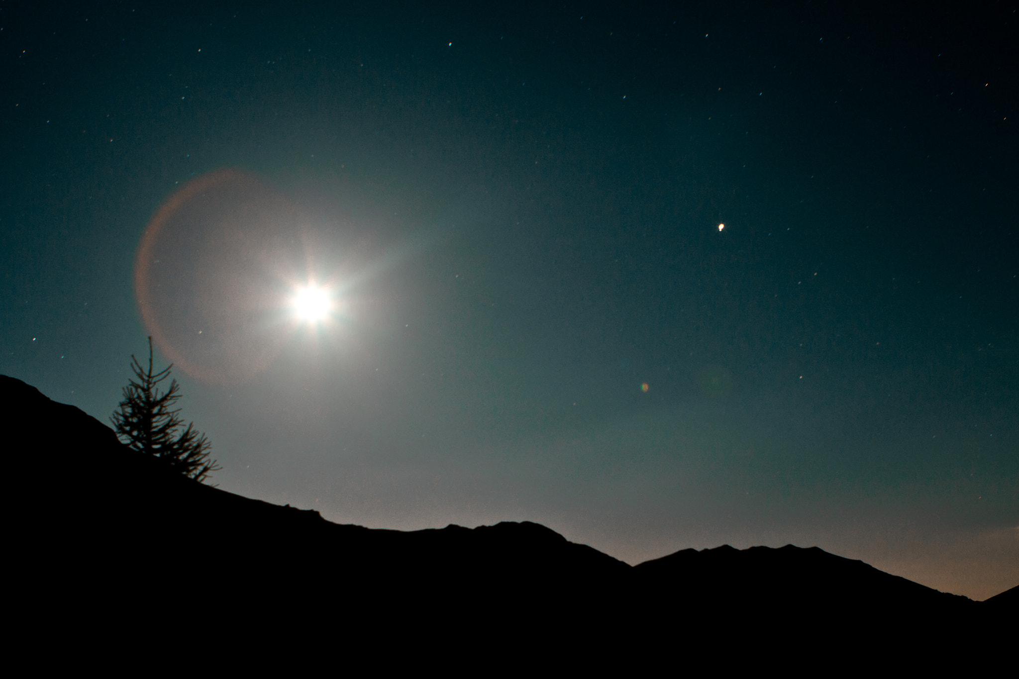 Photograph Moon rise by Tino Contino on 500px