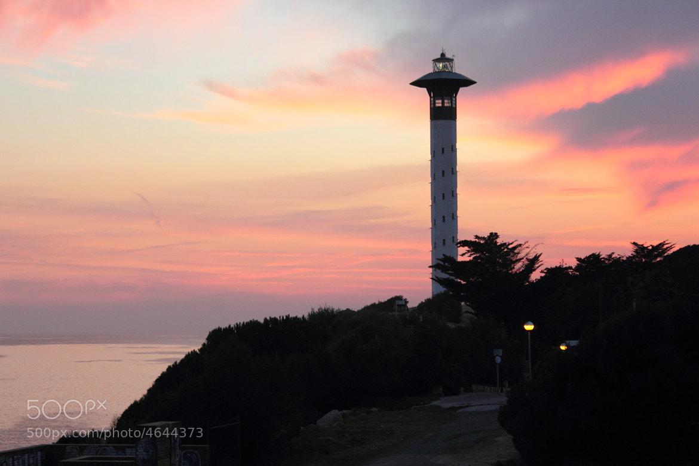 Photograph El Faro de Torredembarra II by Enrique Valdes Sarria on 500px