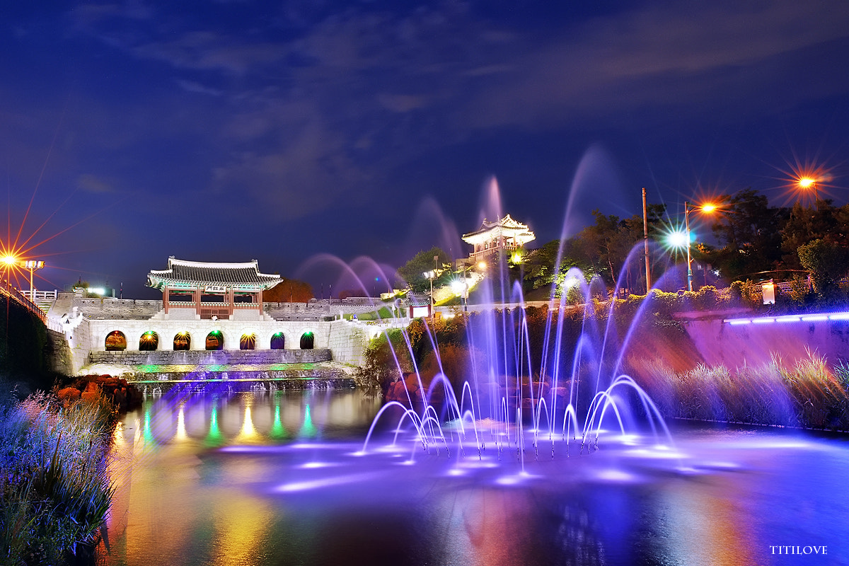 Photograph Contact Suwon hwahong Night by TITILOVE  on 500px