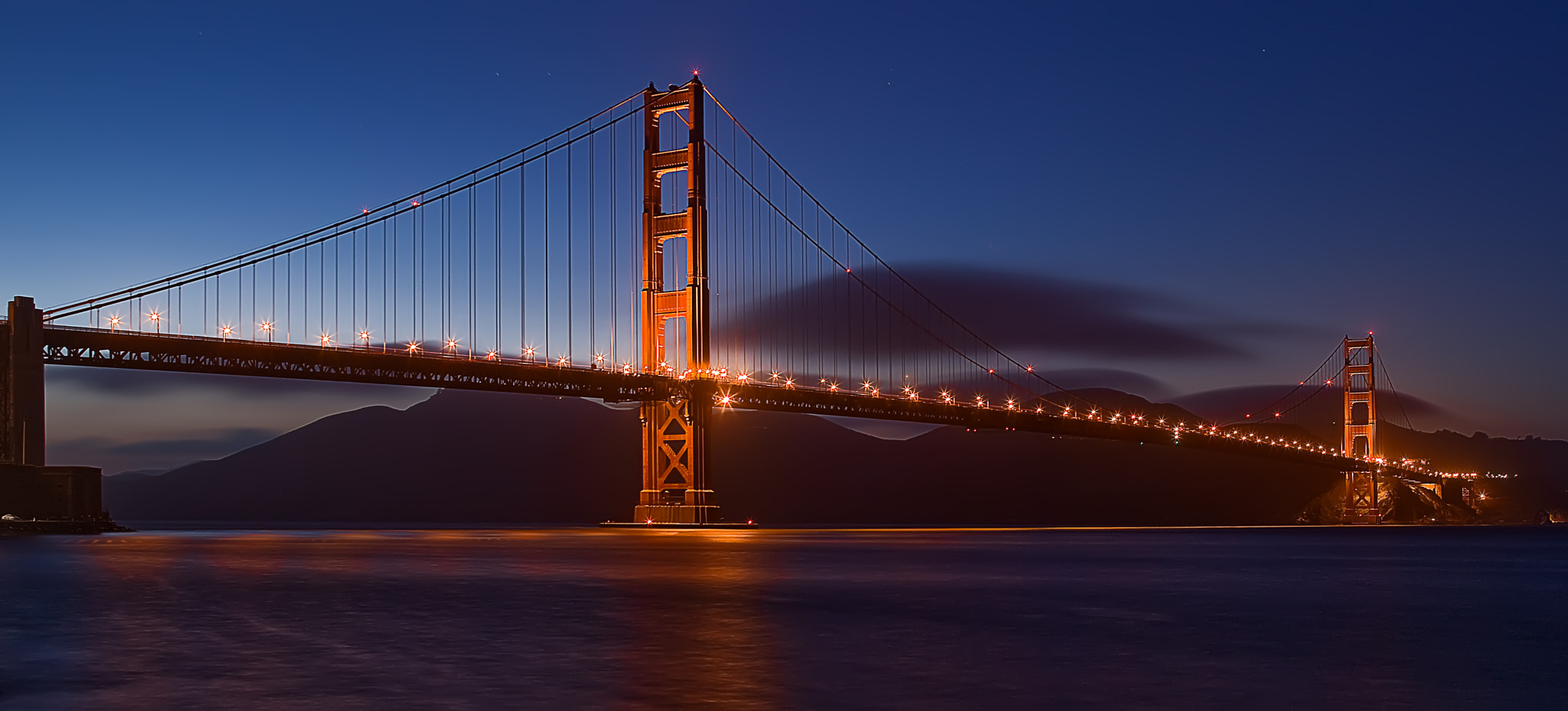 Photograph Night Blues by Roger Orpinell on 500px