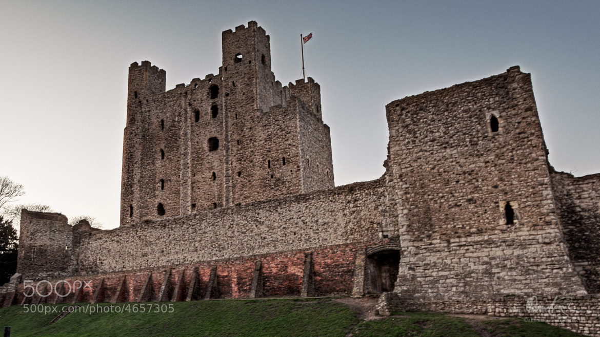 Photograph Rochester Castle by Alistair Cunningham on 500px