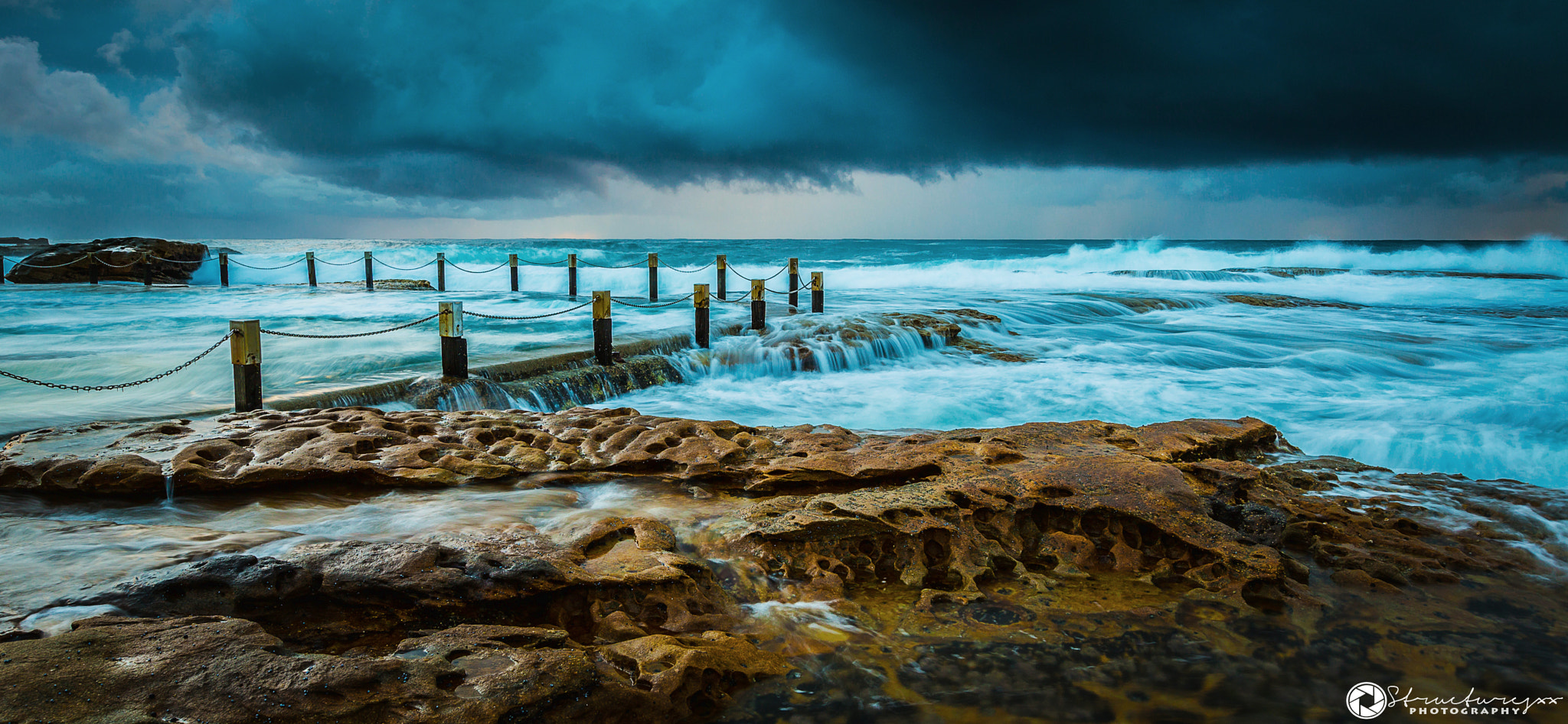 Photograph Maroubra rock pool by Structuresxx  on 500px
