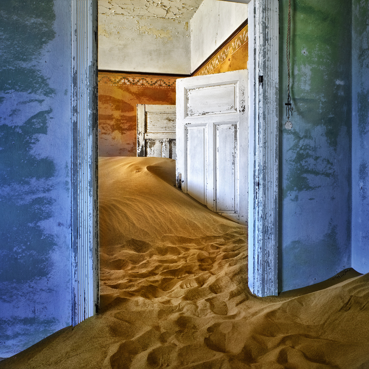 Photograph Ghost house by Patrick Galibert on 500px