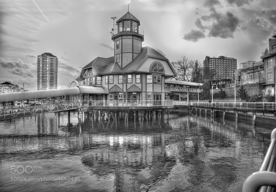 Photograph Lighthouse Bistro b&w by Mike Thompson on 500px