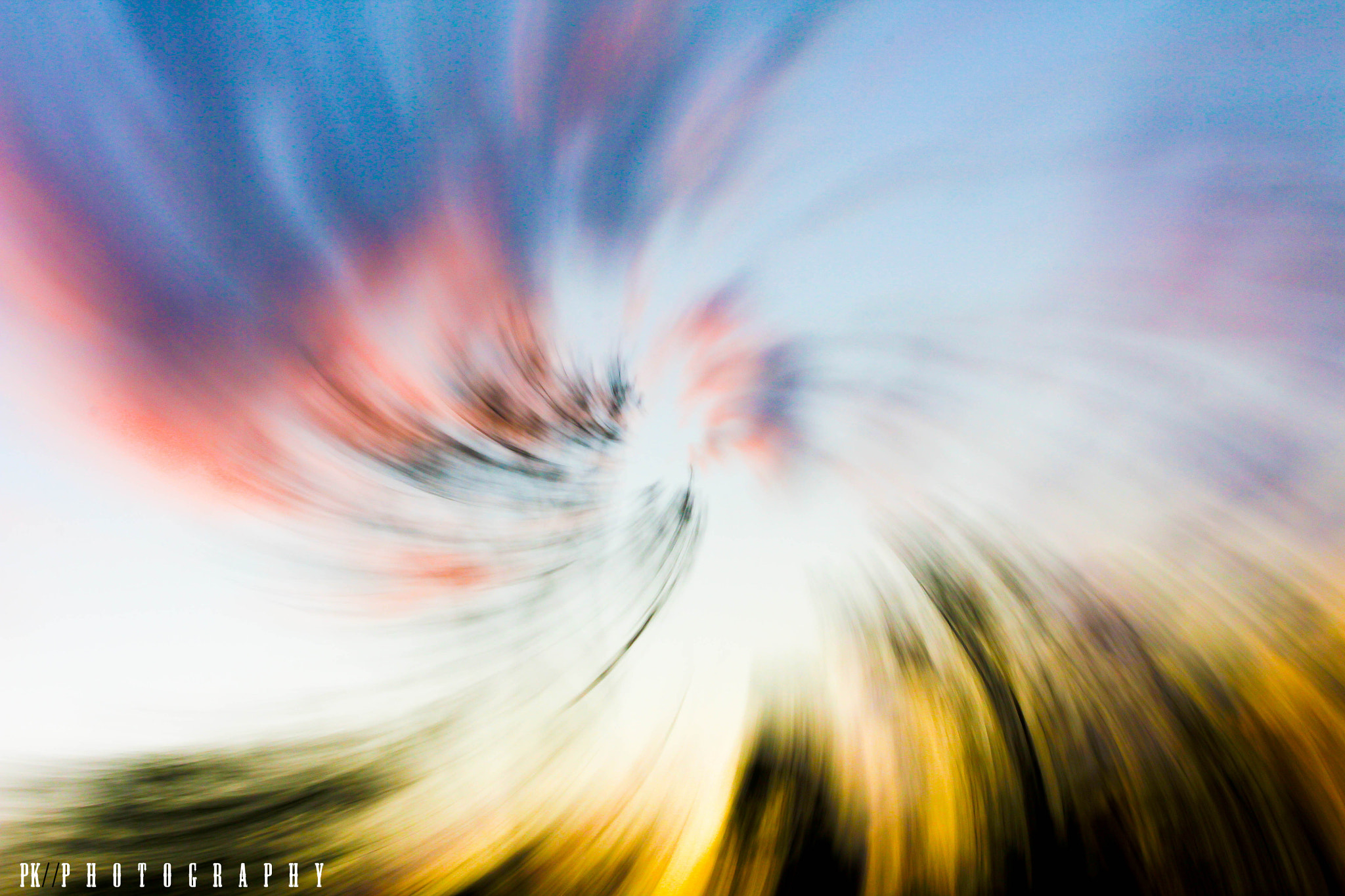 Photograph Twist + zoom by Pran Kositthanakorn  on 500px