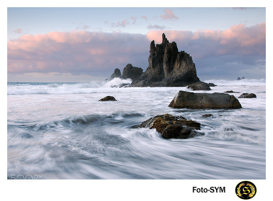 Photograph juances - Playa de Benijo by FOTO SYM www.sonymage.es on 500px