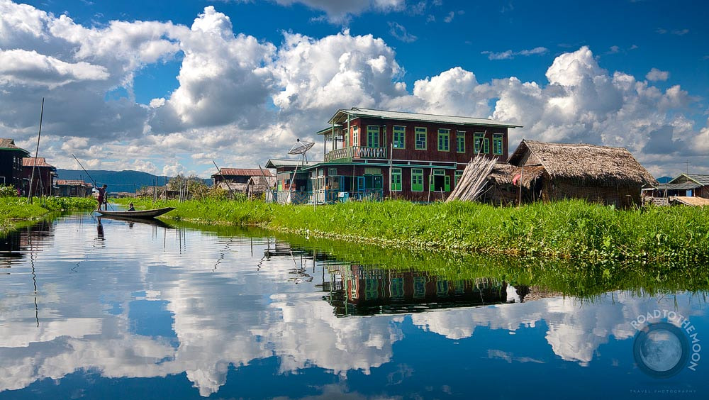 Photograph Inle Lake / Burma / 2008  by Road to the Moon  on 500px