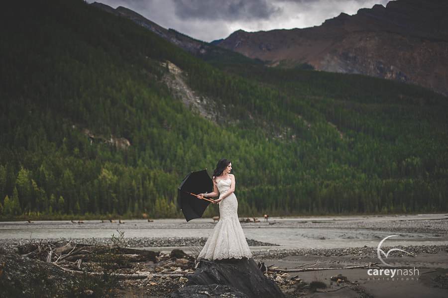 Photograph Trash the dress - canada by Carey Nash on 500px