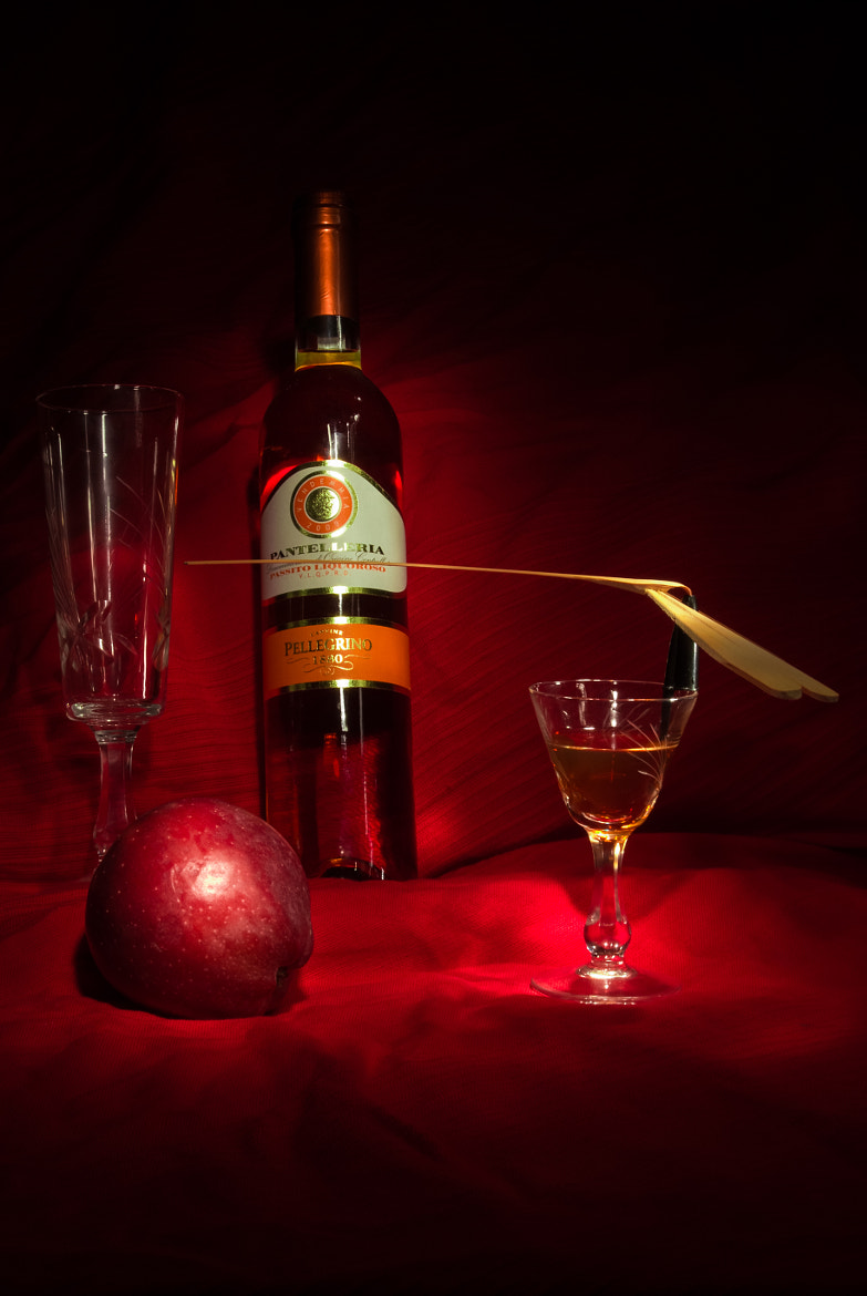 Photograph Wine on the apples by FedericoPH  on 500px