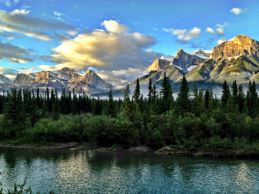 Clouds & Mountains In canmore