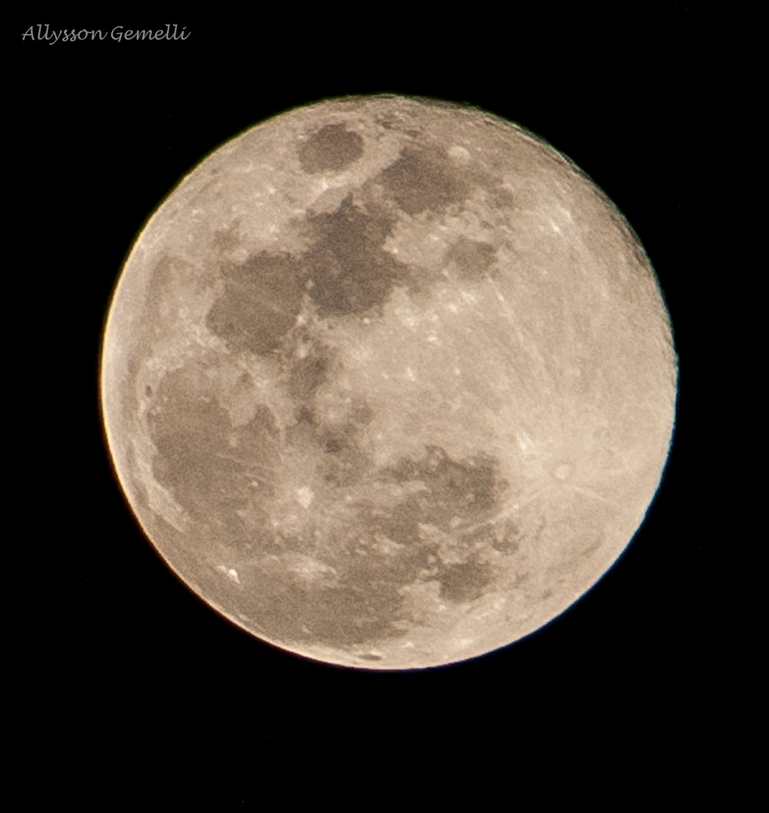 Photograph Full moon at September by Allysson Gemelli on 500px