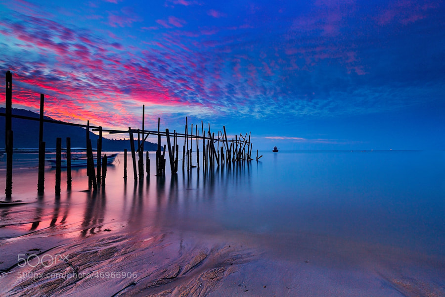 "Photograph ""Mevius""-Sky Blue- by Suhaimi Hassan on 500px"