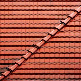 Wet roofs by Grzegorz Adamski on 500px.com