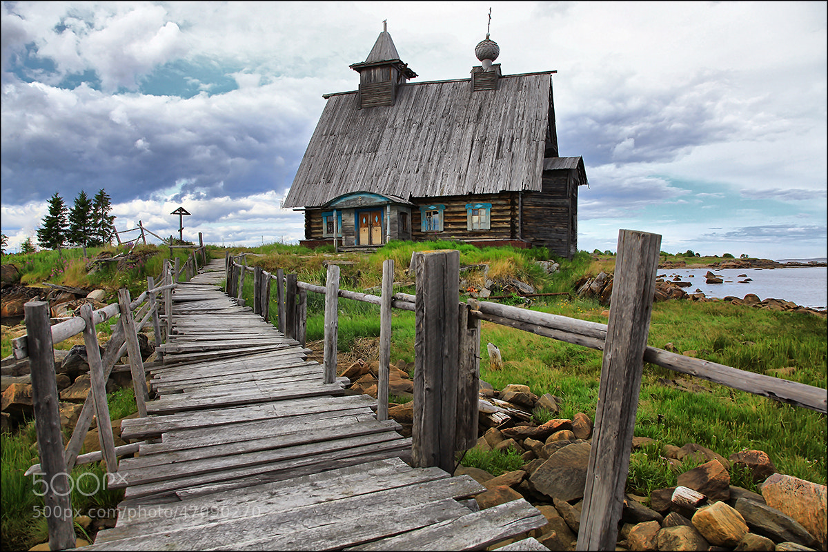 Photograph Тhe old church ... by Valtteri Mulkahainen on 500px
