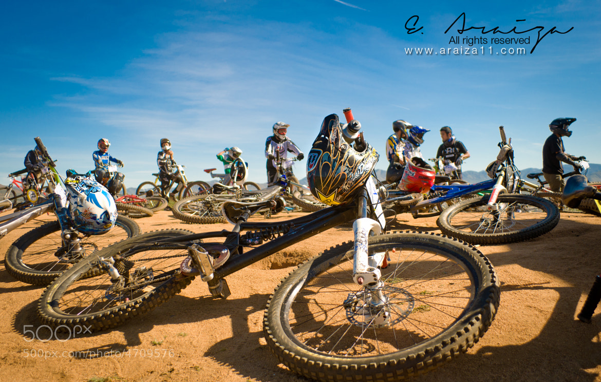 Photograph In the start line, DH by E. Araiza on 500px