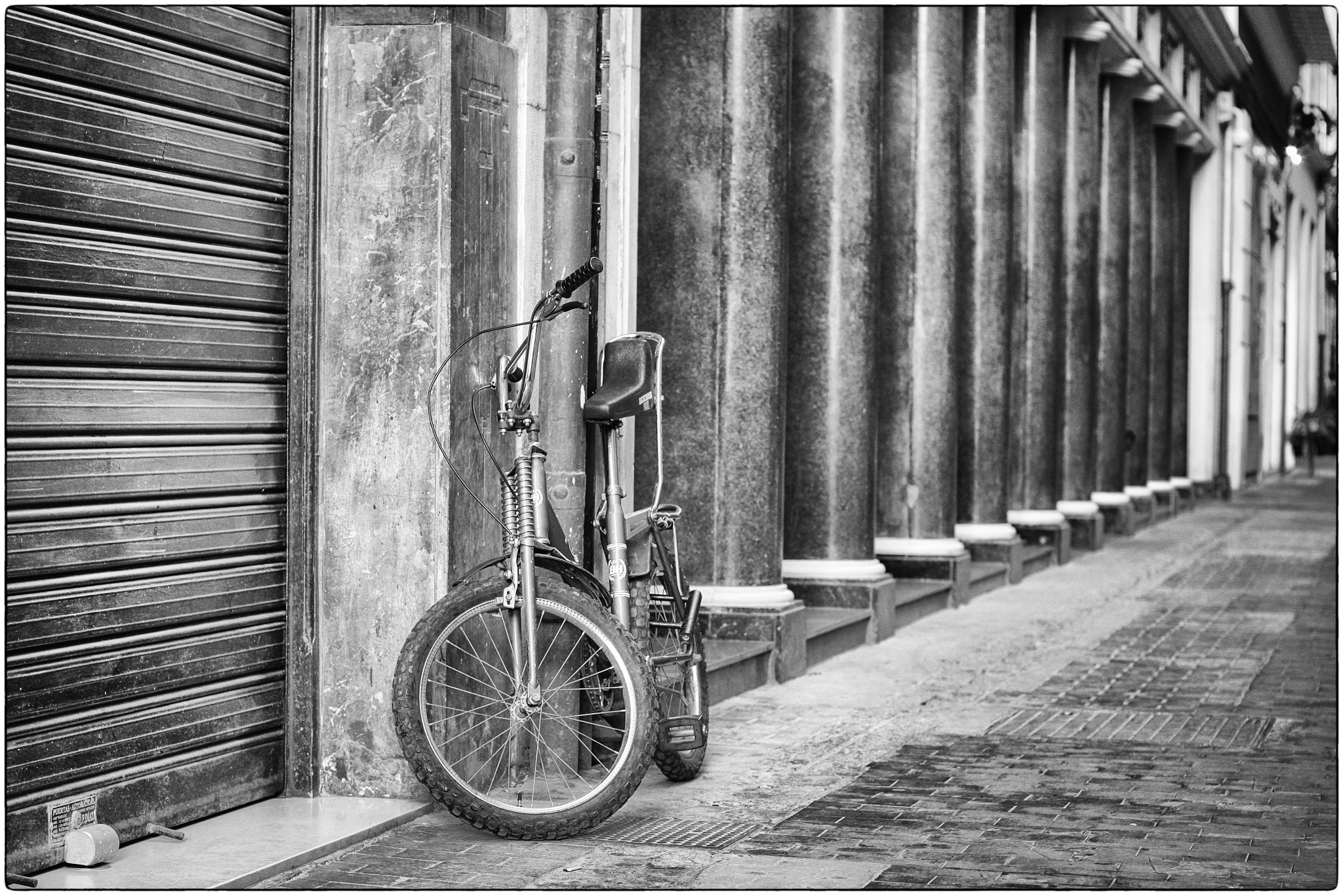 Photograph Valencia Street by Luis Mariano González on 500px