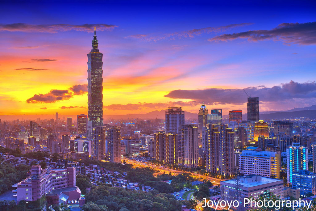 Photograph Taipei 101 by Yong-Cyuan Chen on 500px