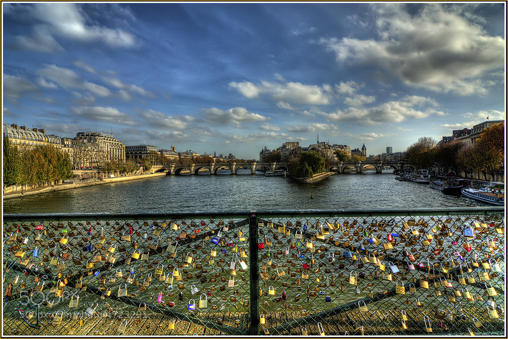 Photograph Pont Des Arts, locks by dogukan canakkale on 500px
