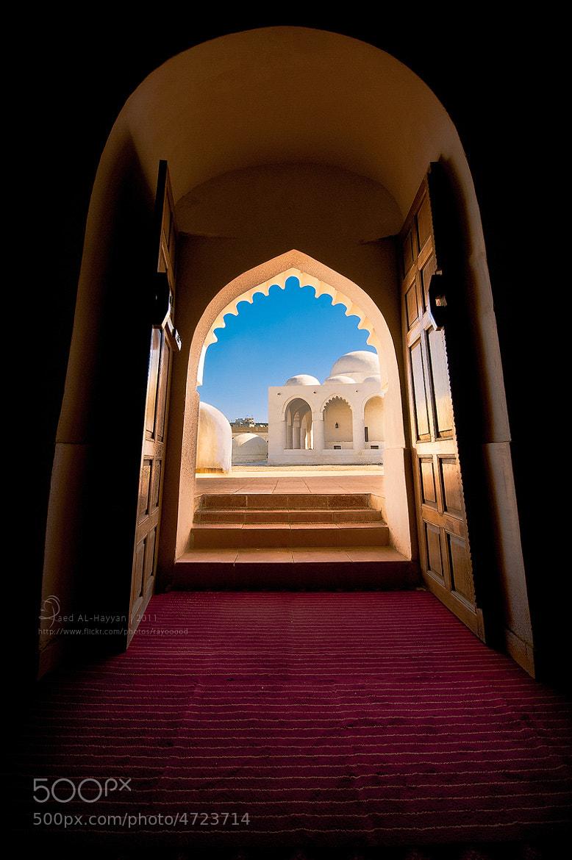 Photograph أبوابٌ مشرّعة نحو المآضي by Raed AlHayyan on 500px