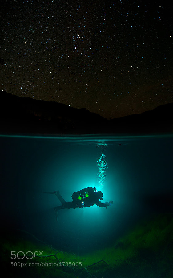 Diving under the stars by Viktor Lyagushkin on 500px.com