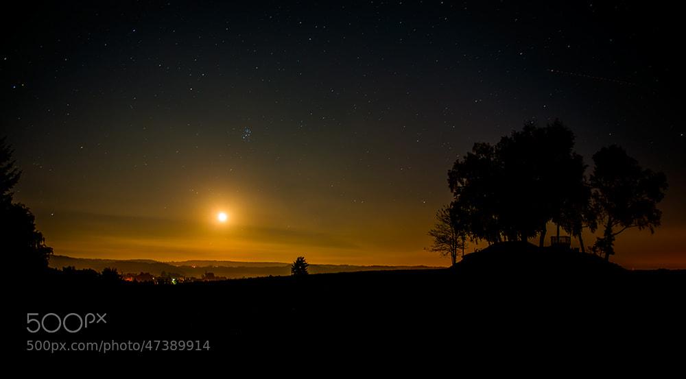 Photograph Moonrise by Johann Klugkist on 500px