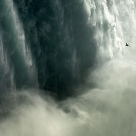 Flying into an abyss by Piotr Didyk (piotrdidyk) on 500px.com