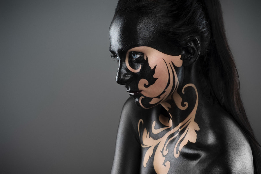 body paint by Jacek Wo?niak on 500px.com