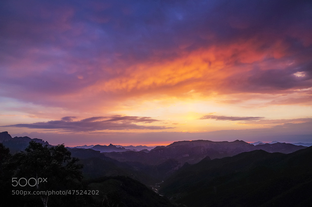 Photograph Waiting for the sunrise by no9527 on 500px