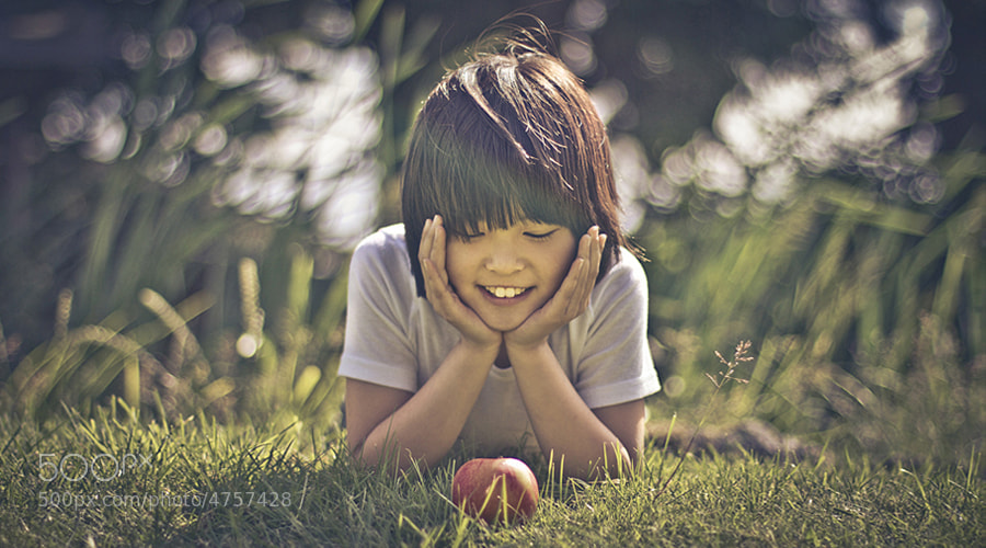 Photograph apple by Julien Bam on 500px