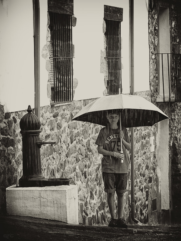 Photograph Waiting in the rain by Gemma Fernández Cerezo on 500px