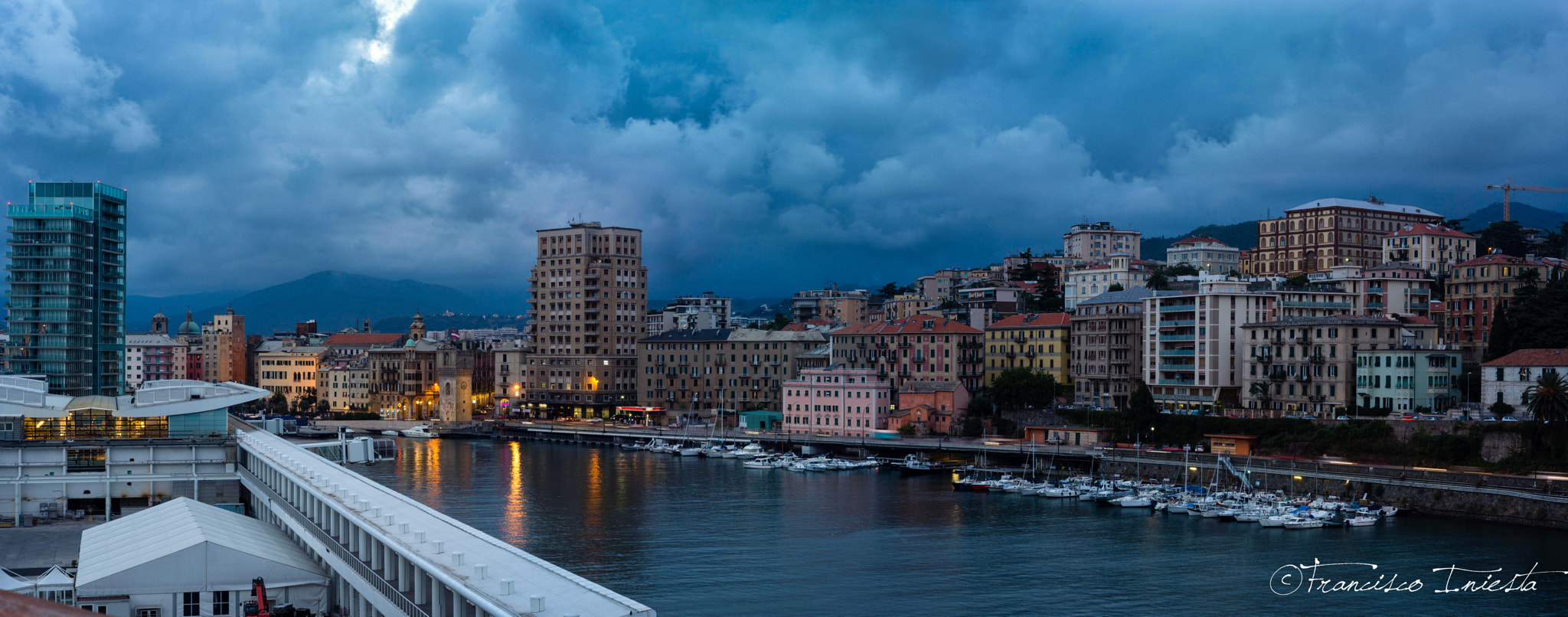 Photograph Puerto de Savona by Francisco Iniesta on 500px