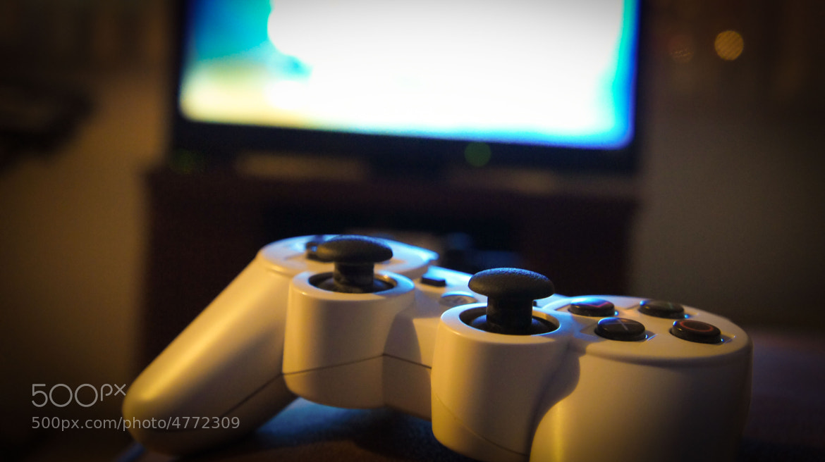 Photograph Gaming by Erick Chévez Rivera on 500px